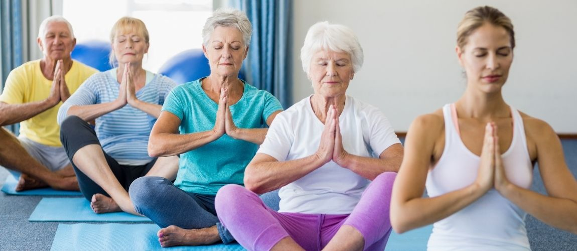 Discover The Health Benefits Of Yoga For Seniors